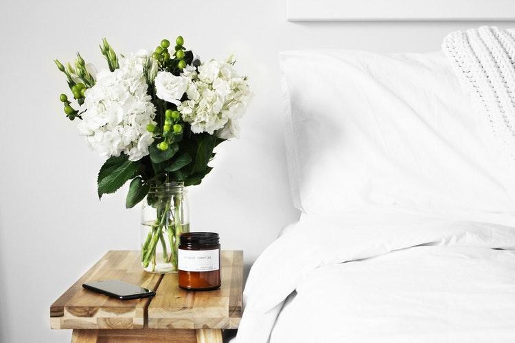 wiosenne aranżacje - świeże kwiaty